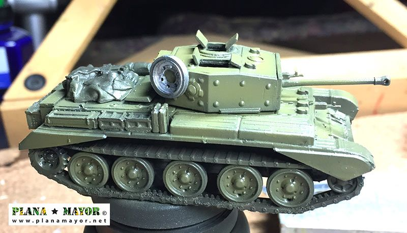 Cromwell Mk IV vista lateral